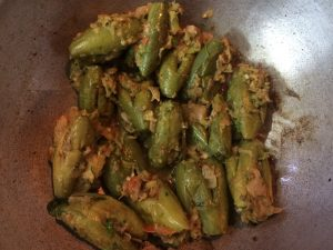 Stuffed Parwal Curry -15