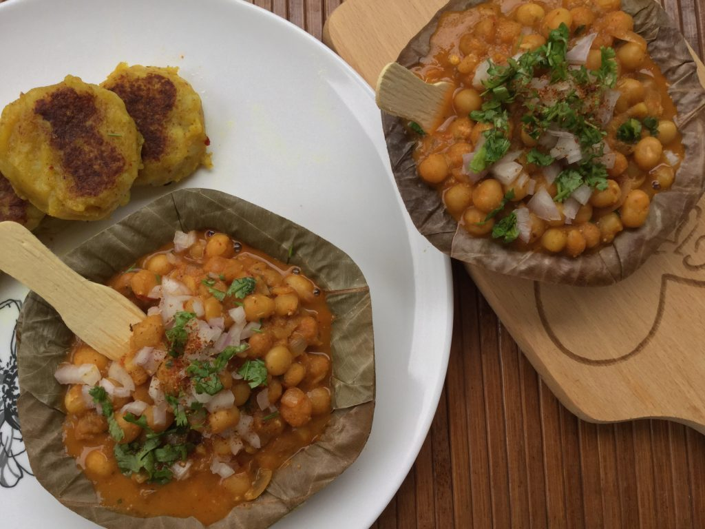Ragda Chaat Recipe | Matar chaat | Ragda patties recipe