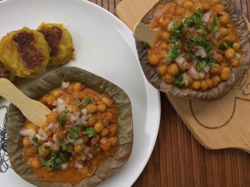 Ragda Chaat Recipe | Matar chaat | Ragda patties recipe