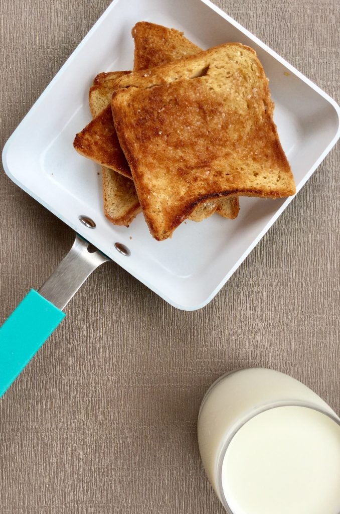 Instant Snack/Breakfast Recipe: Roasted Buttered Bread with Sugar