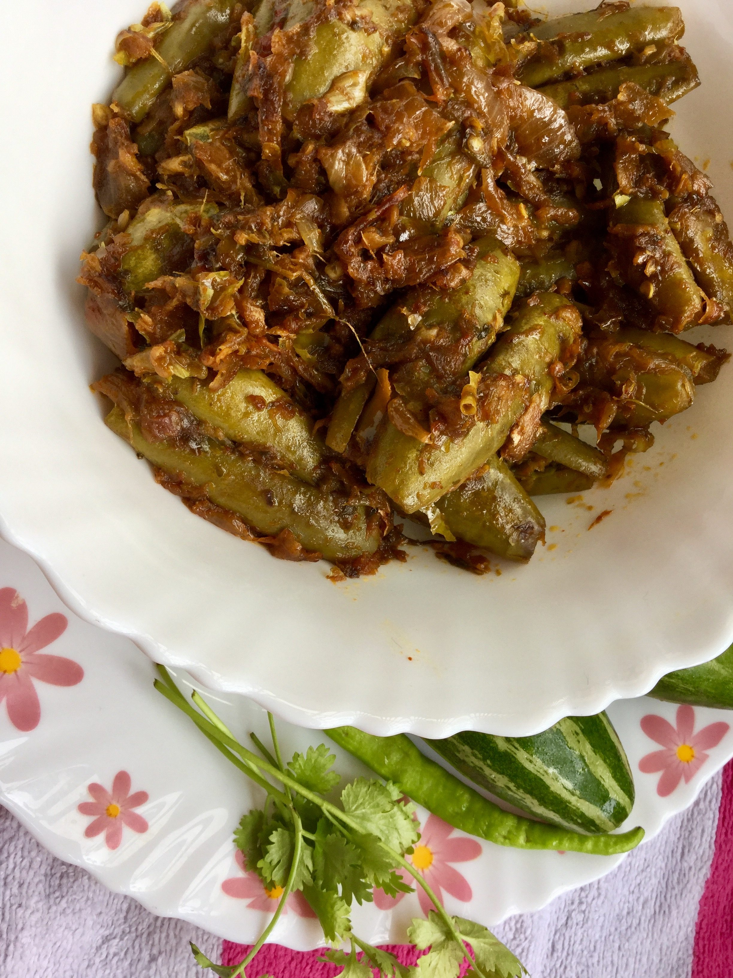 Stuffed parwal curry